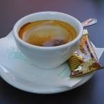 カフェオレとカフェラテの違いは!?注文時に迷わないために。