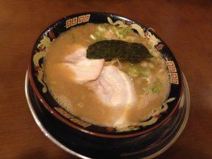 とんこつラーメン650円